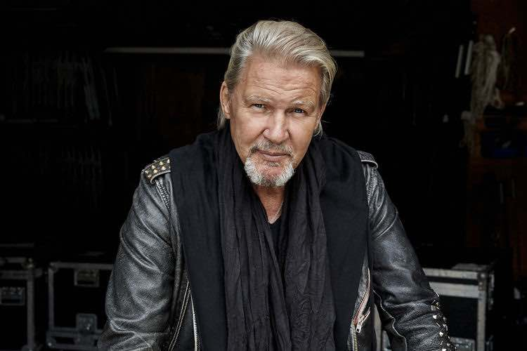 JOHNNY LOGAN & FRIENDS